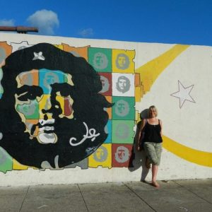 Che Guevara - Che Guevara wall Monument