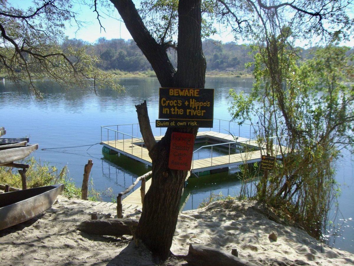 River - Camping