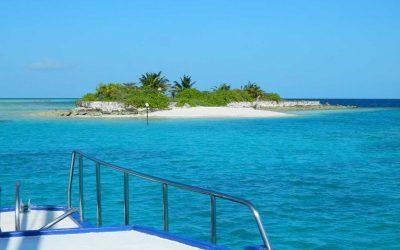 The real Maldives: Taking a Maldives liveaboard vacation