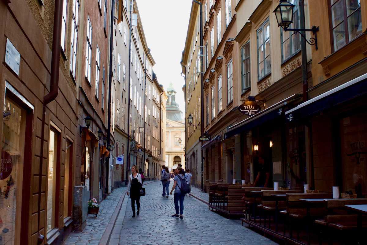 The gentleman in the Stockholm café - stockholm gentleman