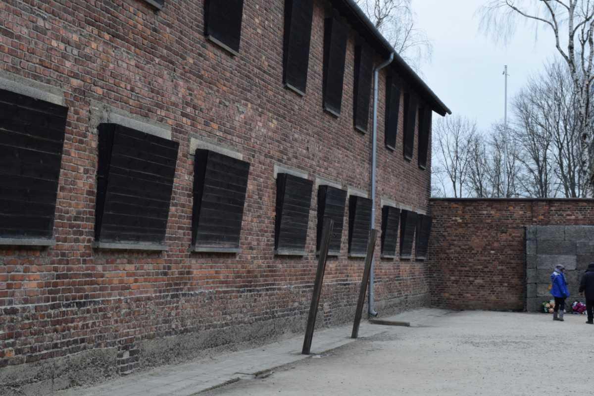 Auschwitz - visit auschwitz