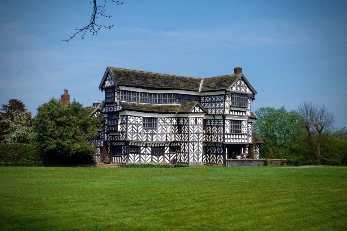 Little Moreton Hall: A Tudor timewalk - little moreton hall