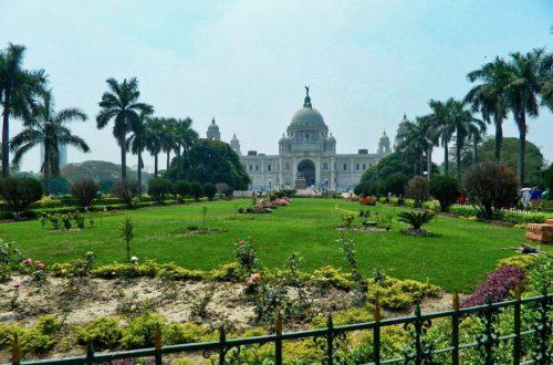 Victoria Memorial - good