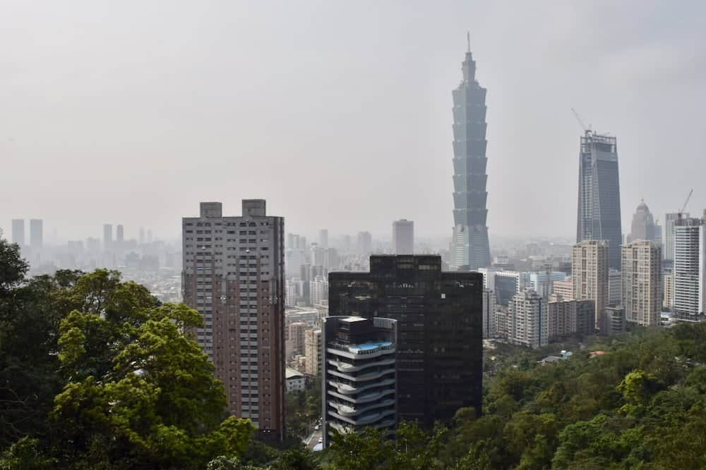 Taiwan's capital is a busy, modern city which still retains much of its Chinese heritage. Check out these 7 fun things to do in Taipei for the ultimate Taipei bucket list! | Taipei | Taiwan | Longshan Temple Taipei | Visit Taipei 101 | Visit Taiwan | Visit Taipei | #taipei #taiwan #longshantemple #taipei101 #visittaiwan #visittaipei